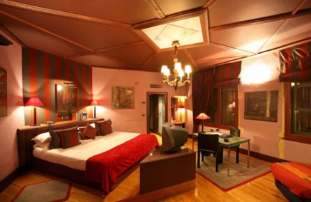 romantic hotels lyon top 10 romantic hotels in lyon. Black Bedroom Furniture Sets. Home Design Ideas